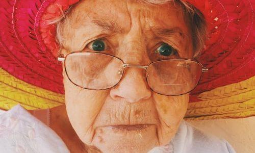 実際にあった「介護施設でのトラブル話(6つの元凶)」高齢者の親御さんを持つ方はチェックするべき